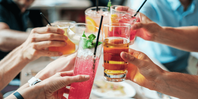 3-have-drinks-ready-by-the-time-the-first-guests-arrive