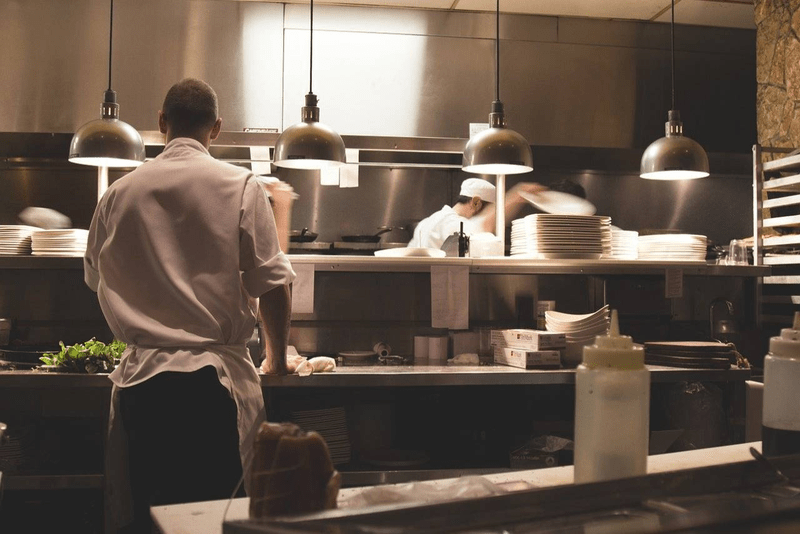 4 Tips and Best Practices for Restaurant Supply Chain Management