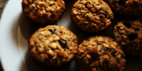 chocolate-topped-oatmeal-muffins-recipe