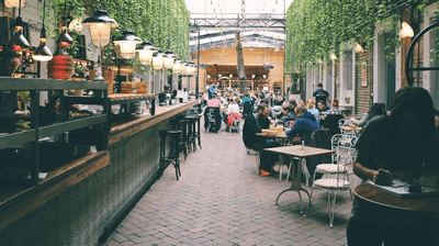The Pros and Cons of Purchasing an Existing Restaurant
