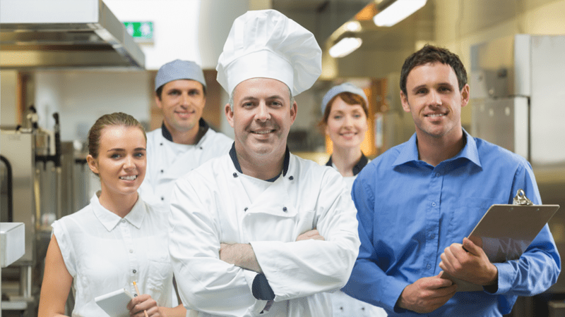 7 Tips on How to Transition to a Restaurant Manager With Success